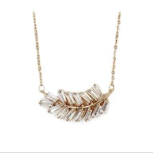 Fashion gold small crystal feather necklace